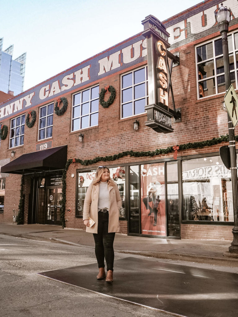 A guide to the best photo spots in Nashville, by My Meraki Travel. Johnny Cash Museum, Broadway